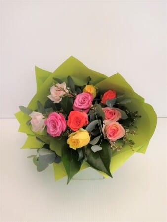 Mixed Coloured 10 Rose Bouquet